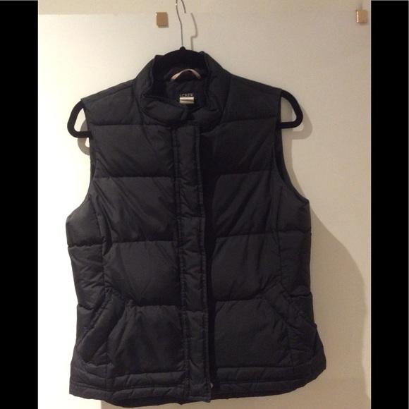 J. Crew Jackets & Blazers - JCrew black puffer bubble vest